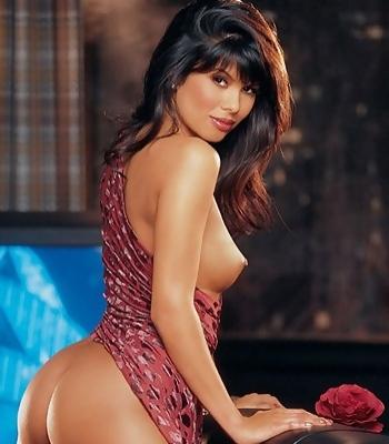 Sexy Michelle Strip