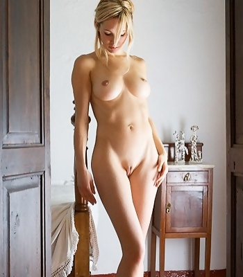 Naked Corrina Blonde